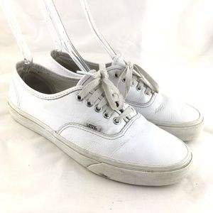 Era skate shoes sneakers all white leather lace up